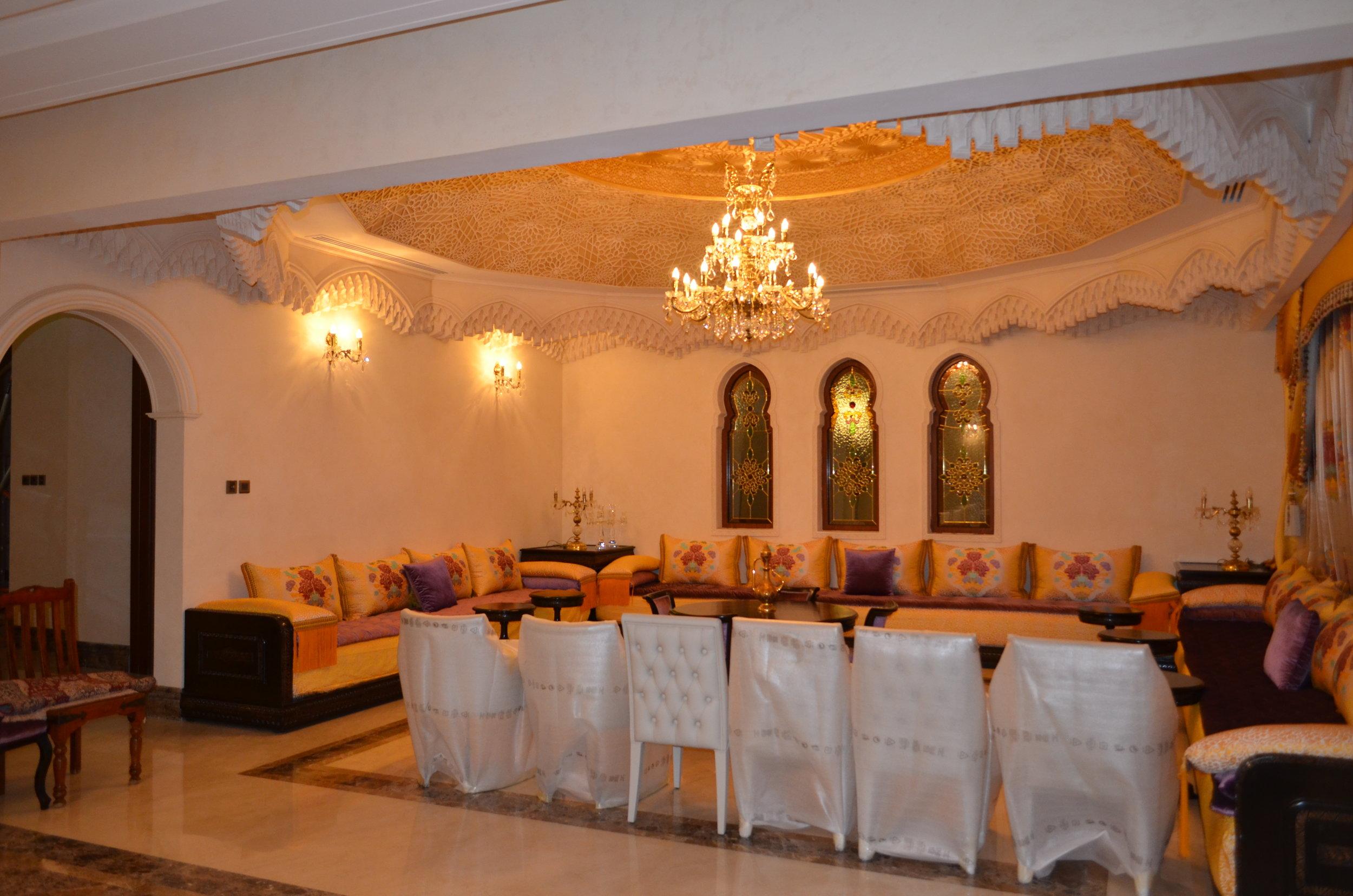 Wranovsky-Dubai-Lounge-2.JPG