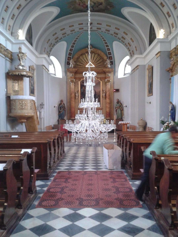 lustr-kostel-morava-3.jpg