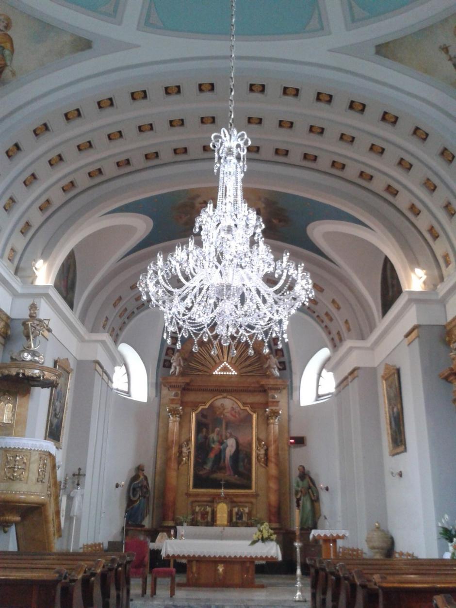 lustr-kostel-morava.jpg