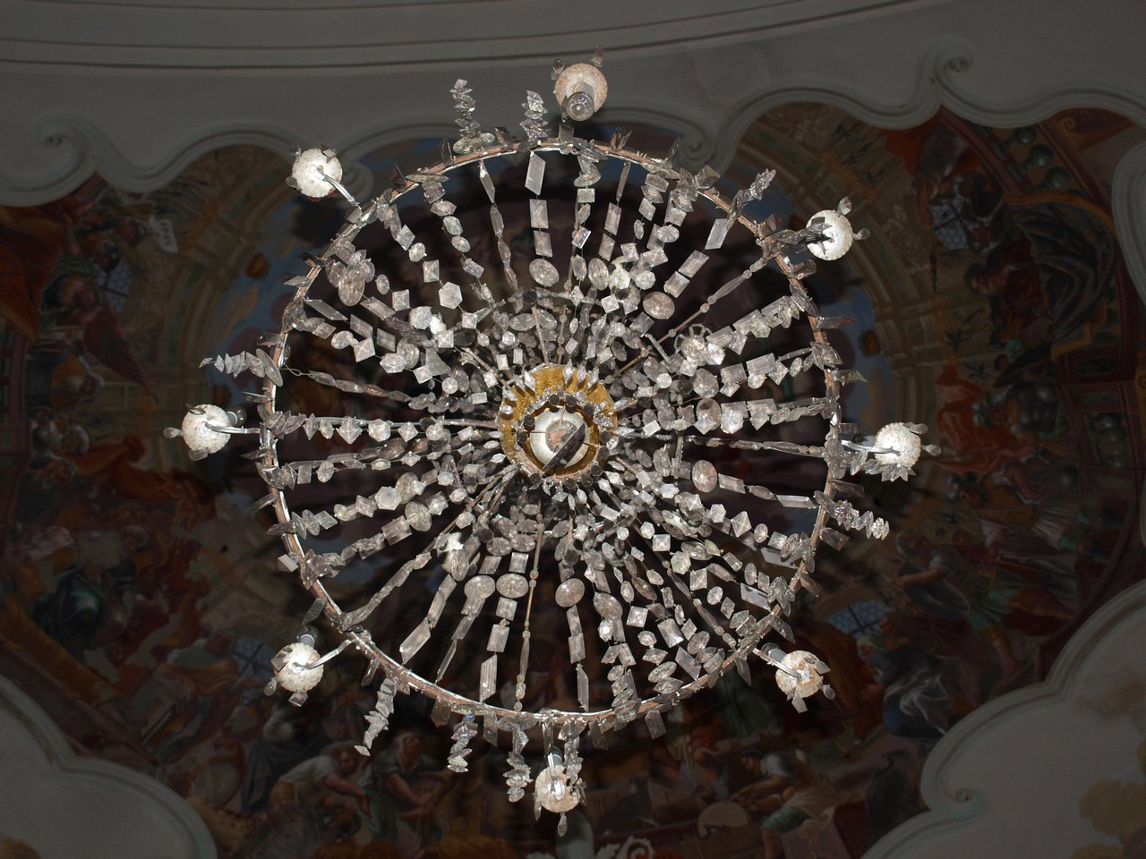 renovation-chandelier-pistov-5.jpg