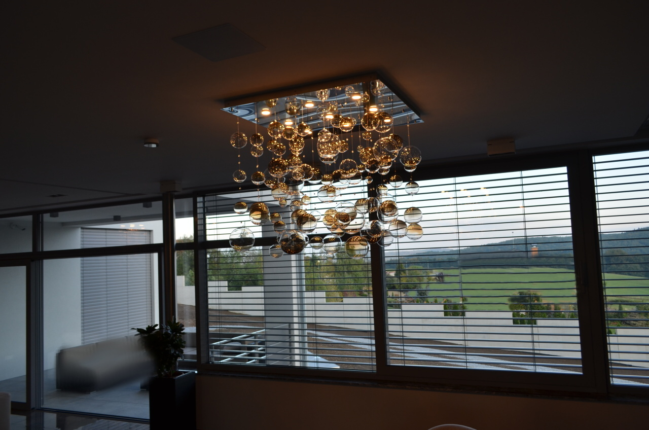 wranovsky modern chandelier (16).JPG