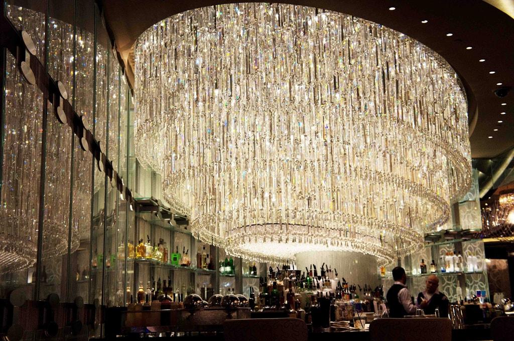 chandelier_bar_2-min.jpg