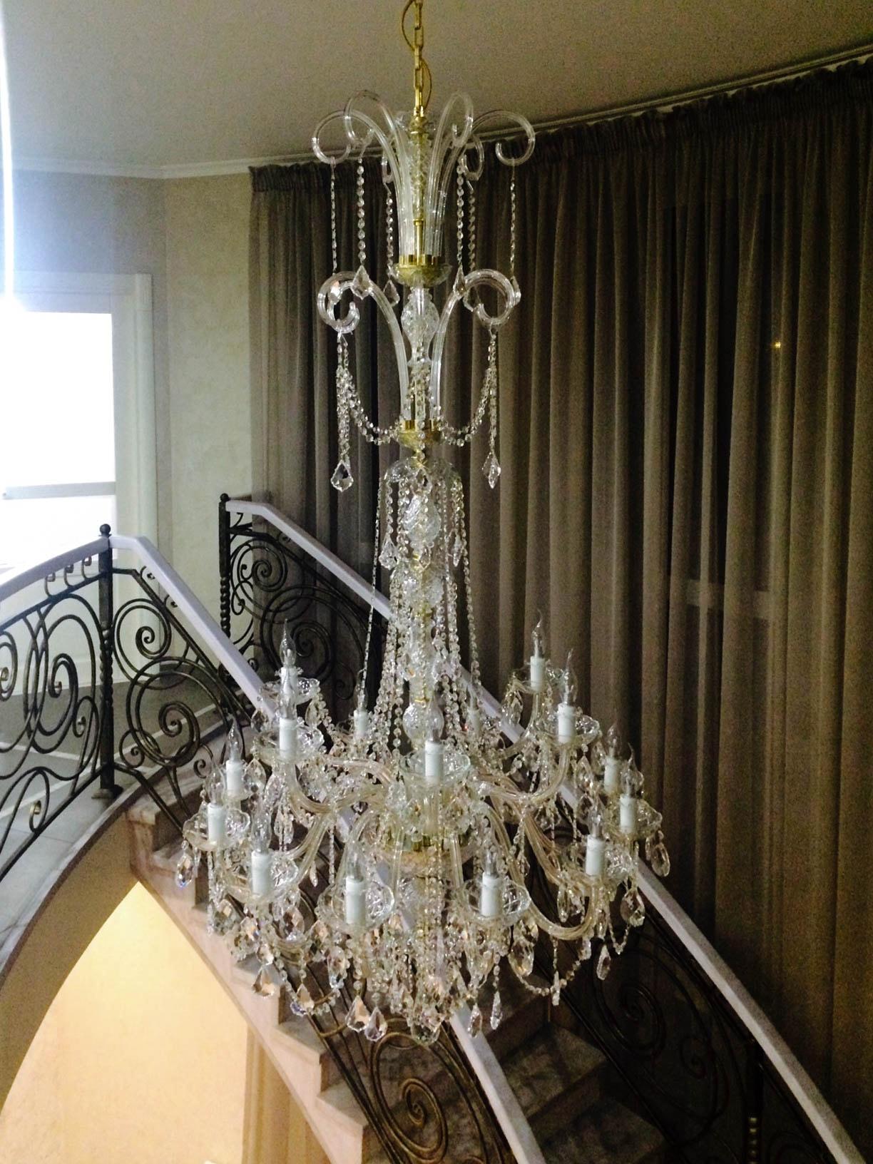 crystal-chandelier-princesse-dubai.jpg