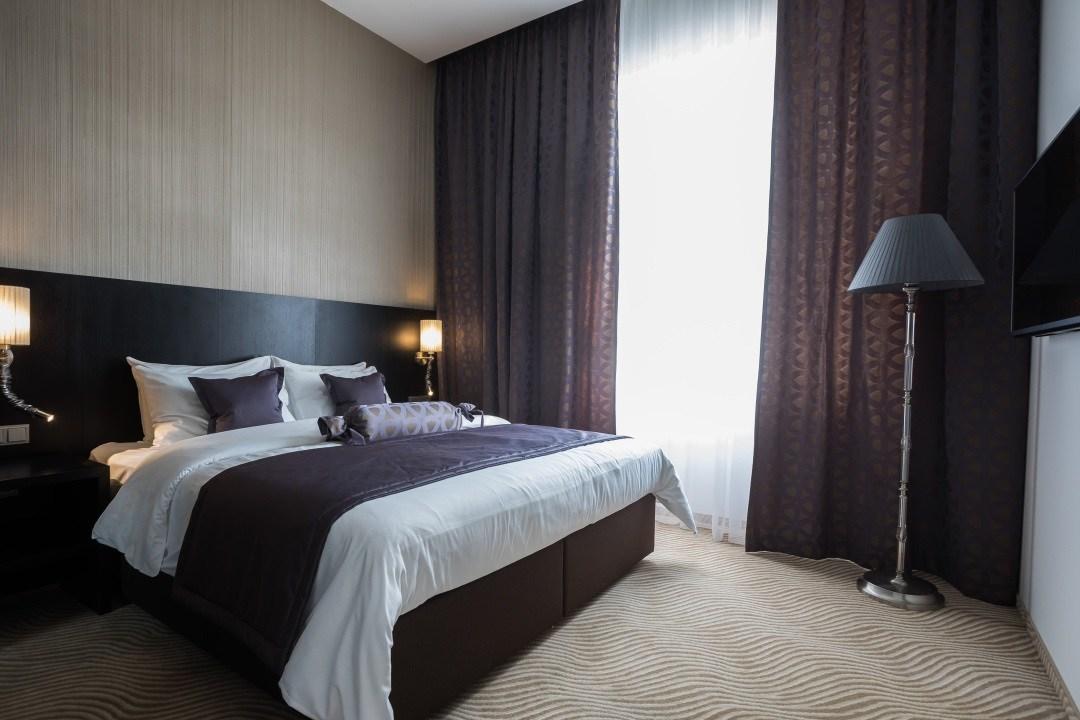 wranovsky-chandeliers-myo-hotel-wenceslas-5.jpeg