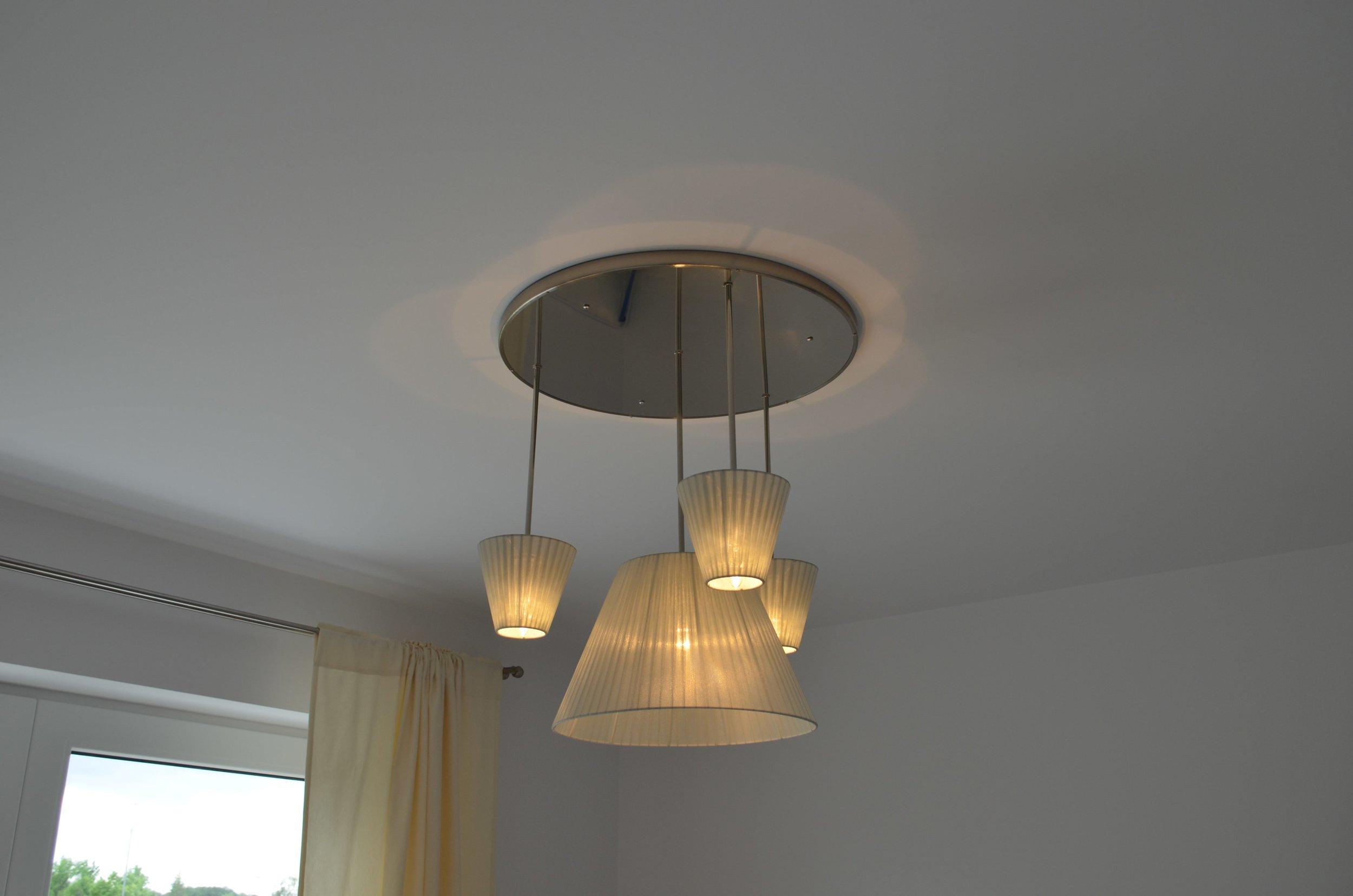 wranovsky_private_villa_chandelier_12-min.jpeg