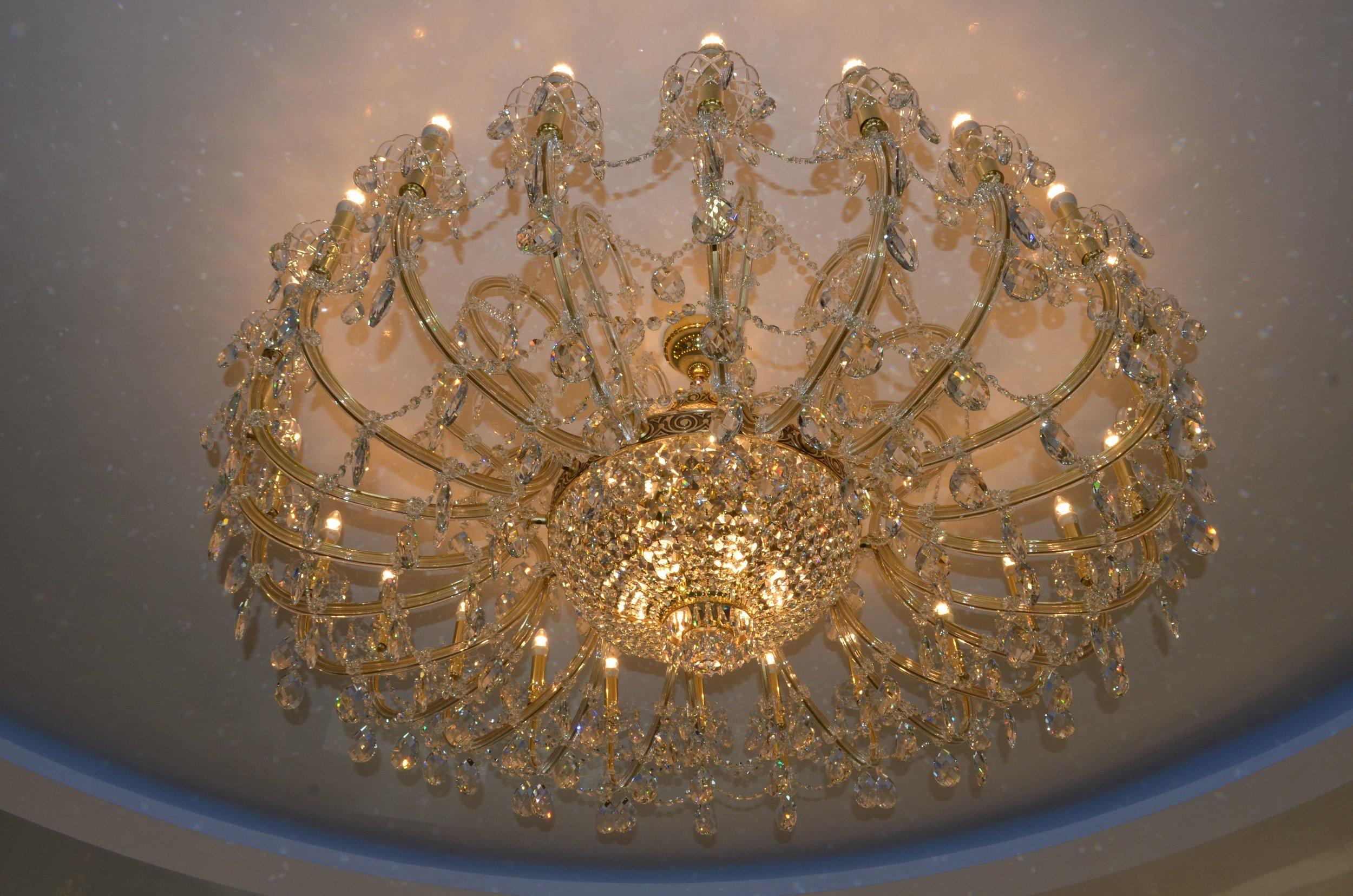 wranovsky-chandeliers-romania-3.JPG