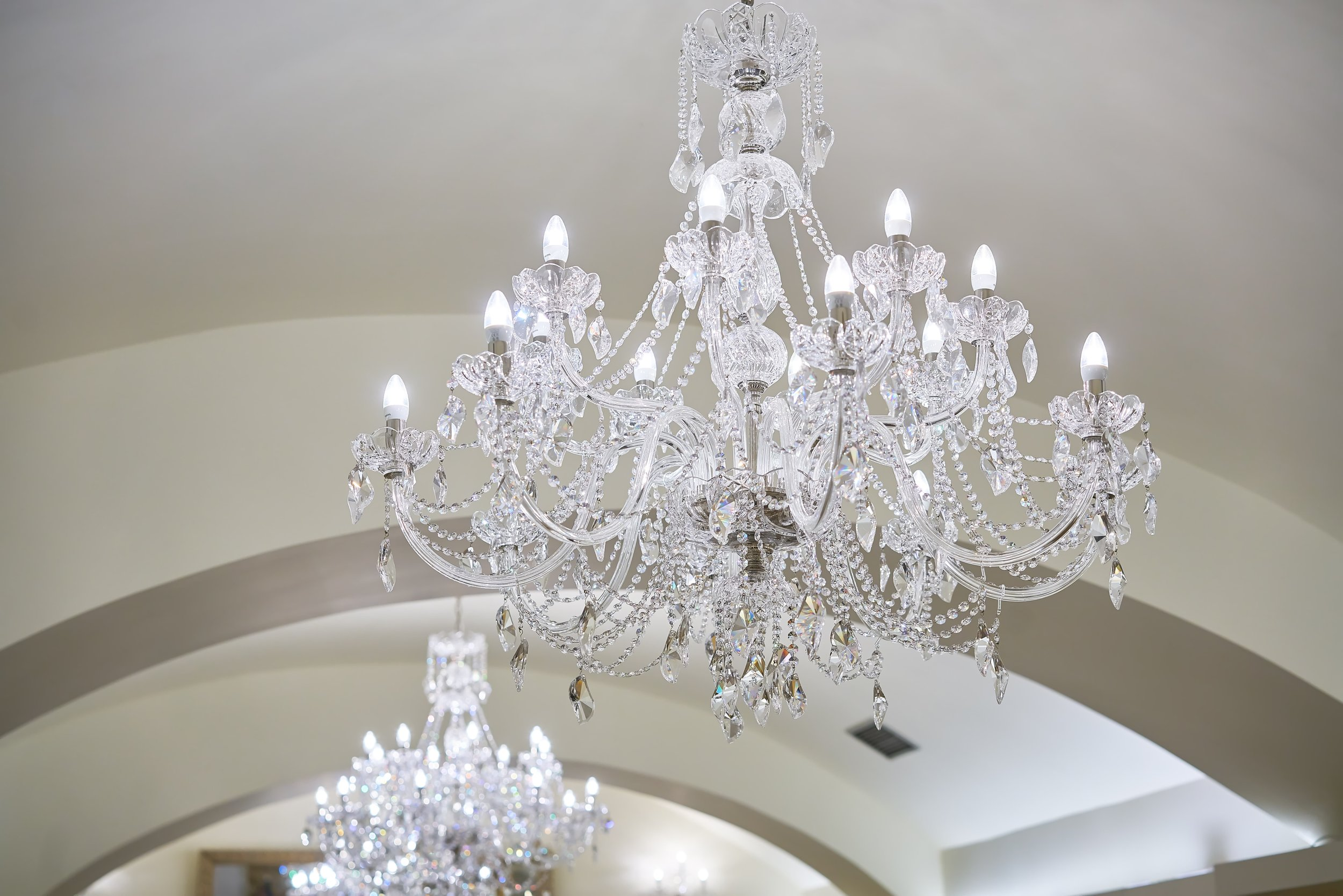 Hotel-King-David-Wranovsky-Crystal-Chandelier-2.jpg