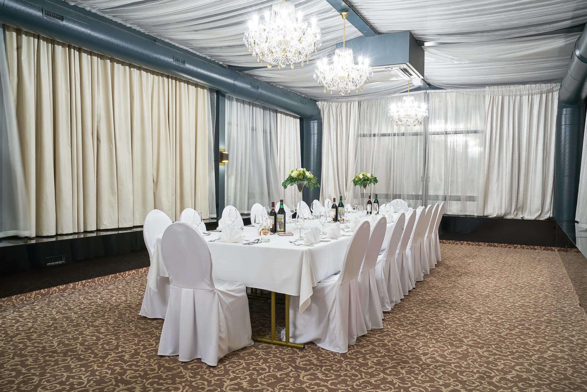 Hotel-King-David-Wranovsky-Crystal-Chandelier-1.jpg
