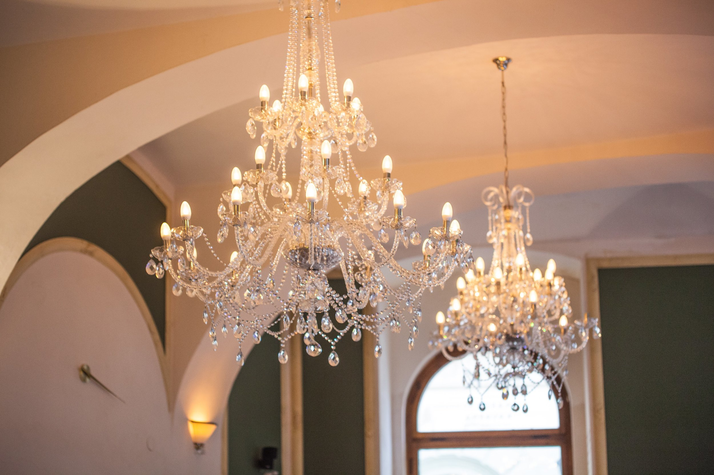 National-Cafe-Prague-Wranovsky-Crystal-Chandeliers-1.jpg