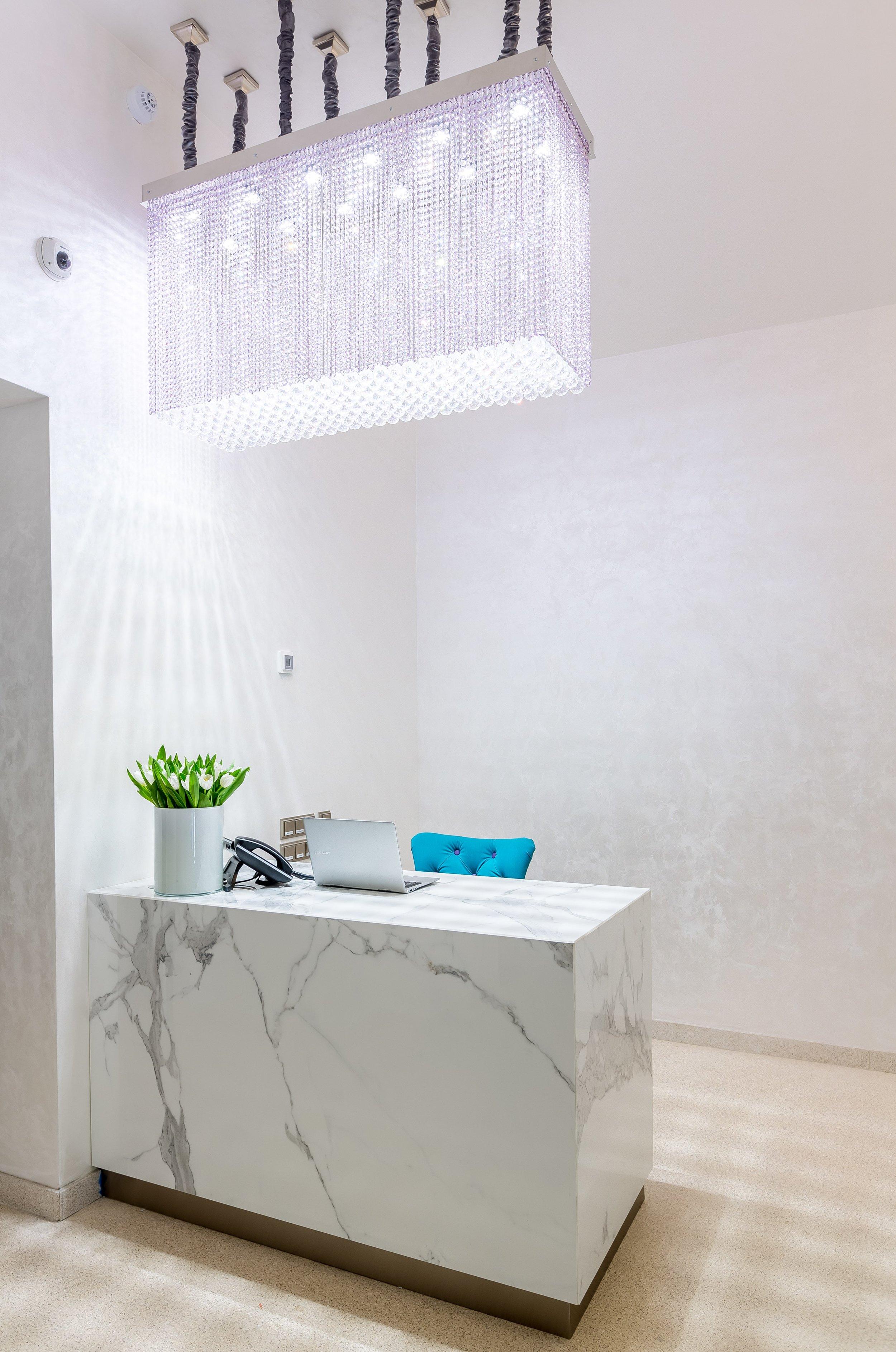 myo-hotel-wenceslas-prague-wranovsky-crystal-chandeliers-3.jpg