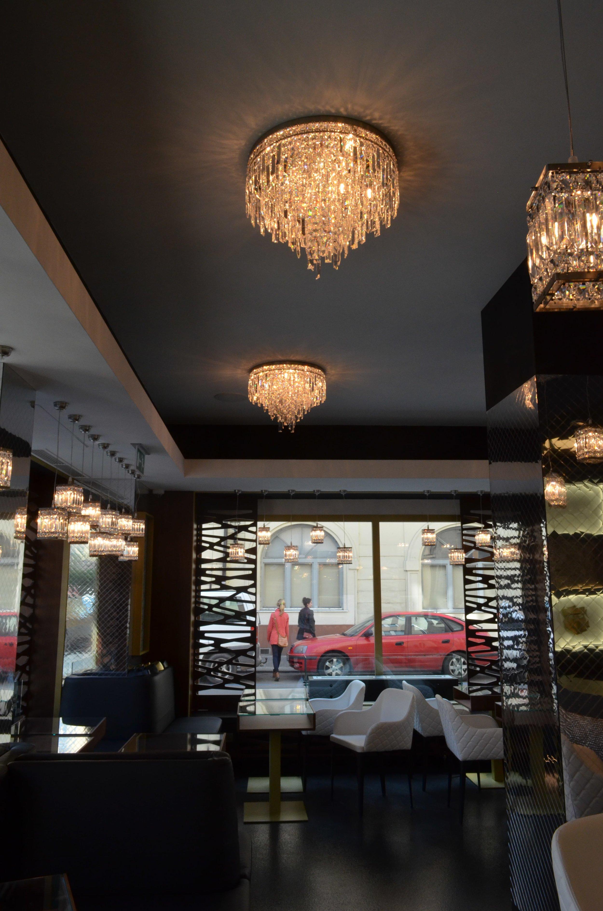 hotel-mysterius-wranovsky-crystal-chandeliers-1.JPG
