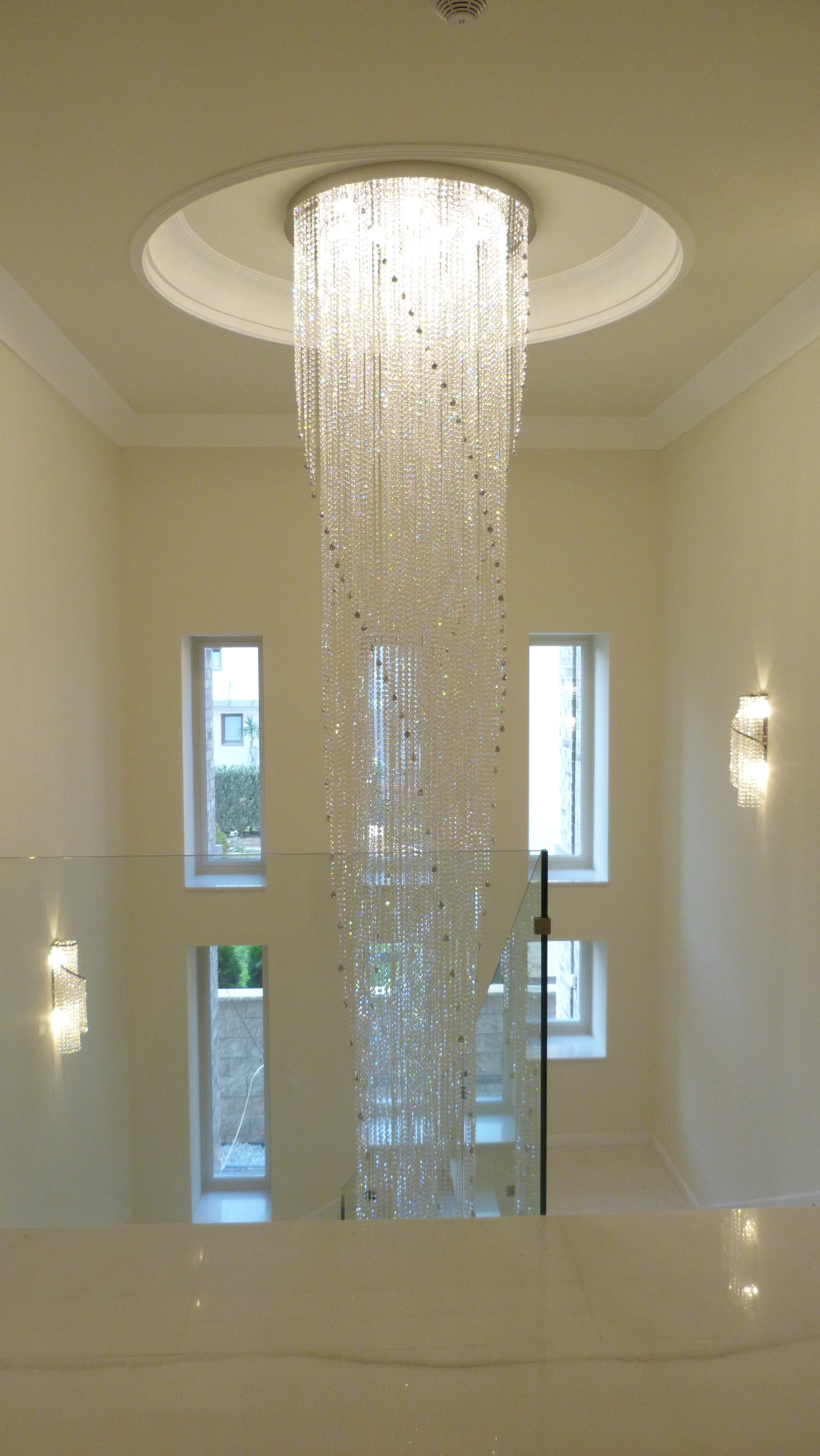 private-villa-prague-wranovsky-crystal-chandeliers-4-min.JPG