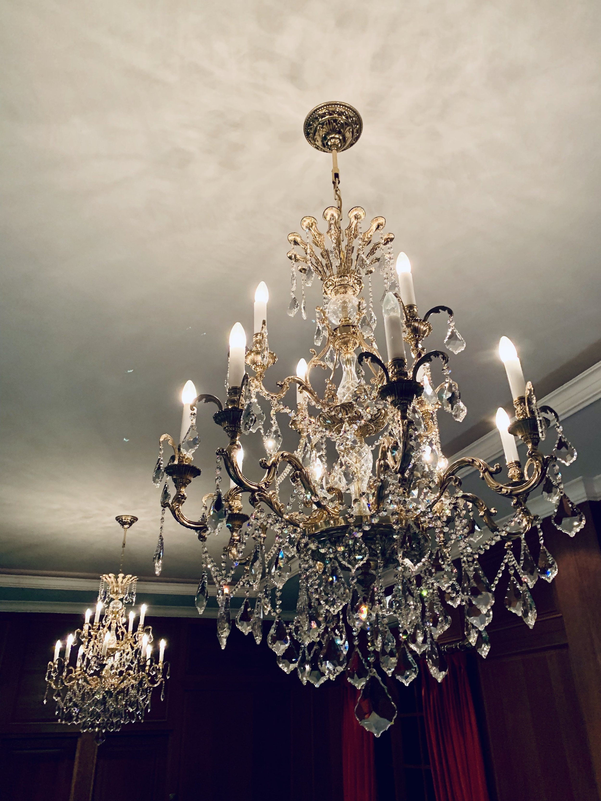 Bohemian Crystal Chandeliers Manufacturer, How To Install A Crystal Chandelier