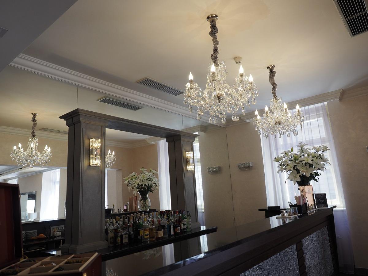 JW 151, kolekce Classe v interiéru, hotel Caruso, Praha (4).jpg