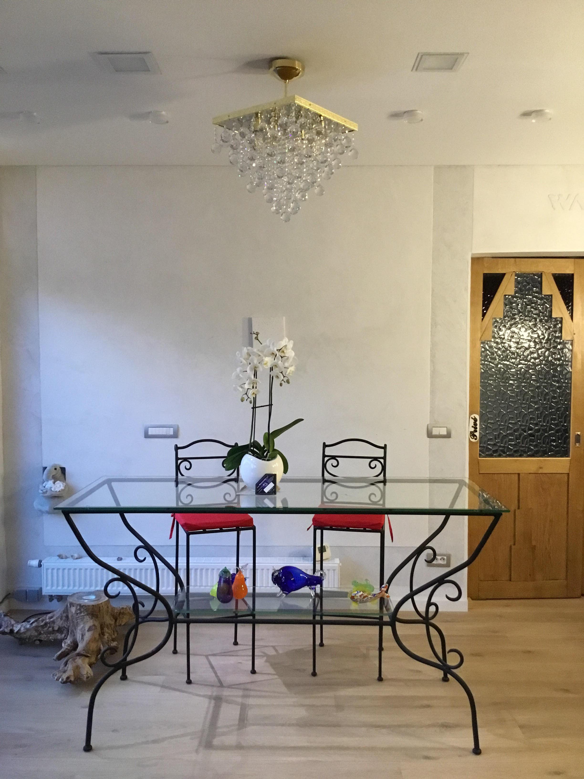 JWZ 025, Kolekce Lausanne v interiéru, 2018.jpg