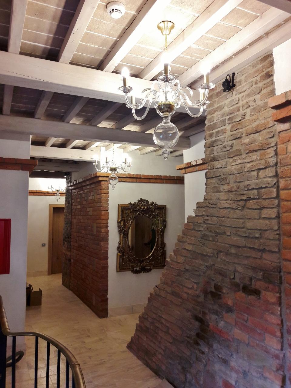 JWZ 513, Kolekce Clerius v interiéru.jpg