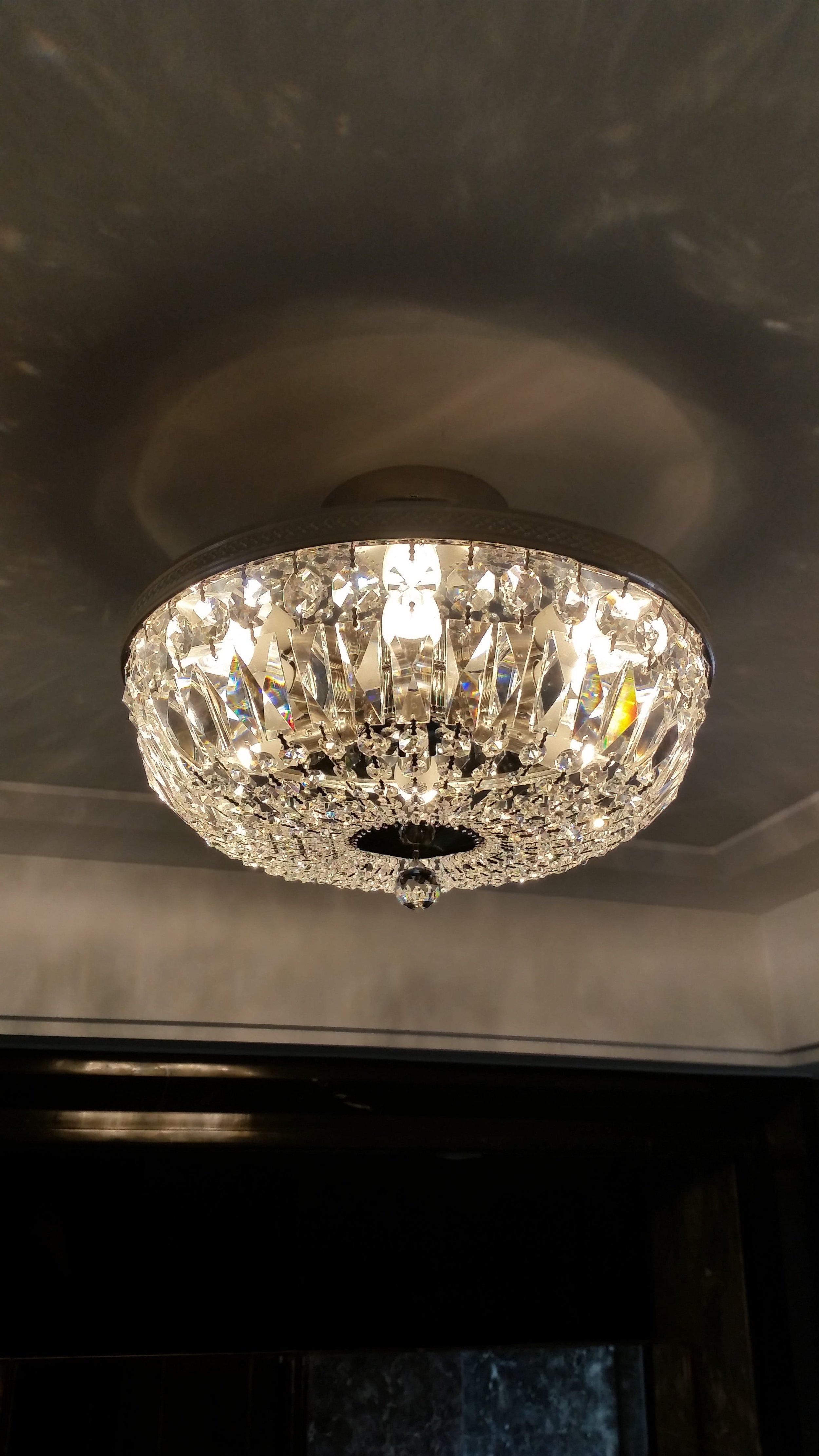 private-villa-china-wranovsky-crystal-chandelier-4.jpg