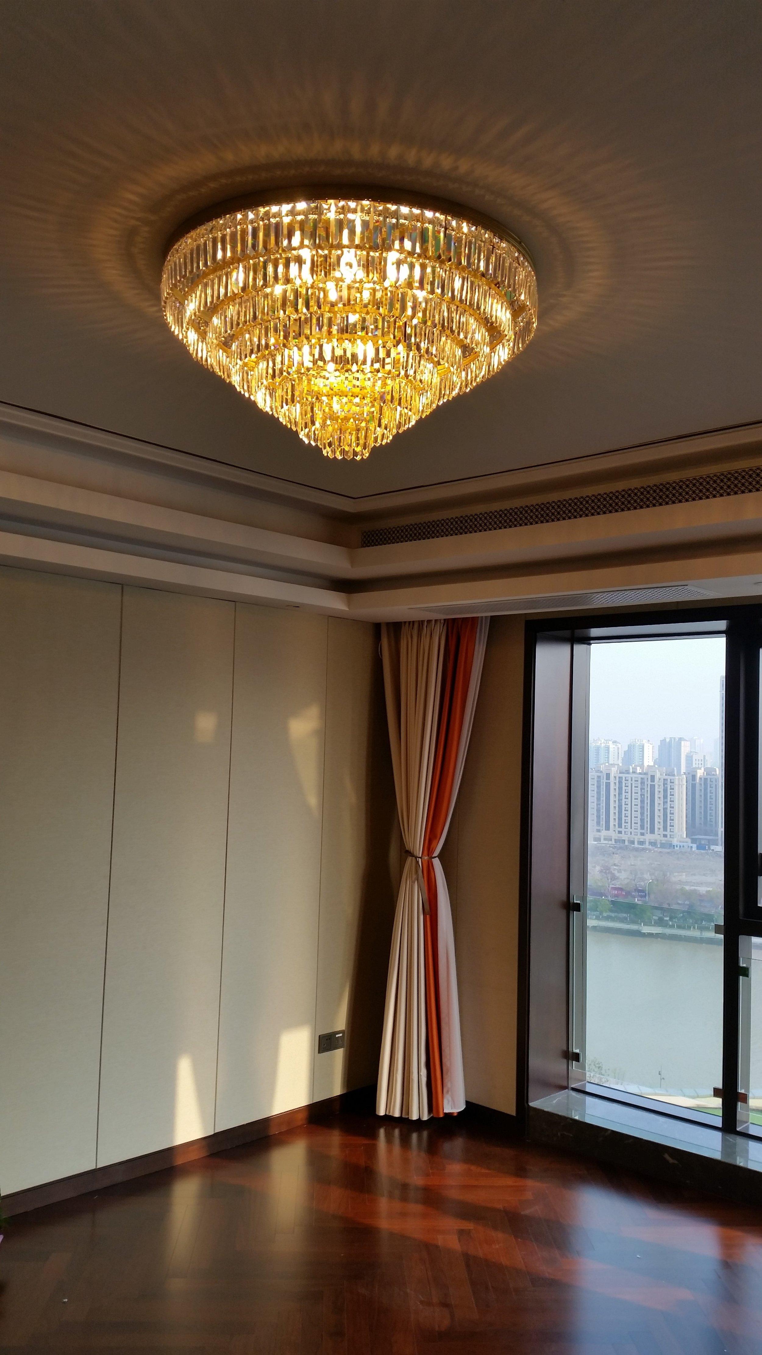 private-villa-china-wranovsky-crystal-chandelier-3.jpg