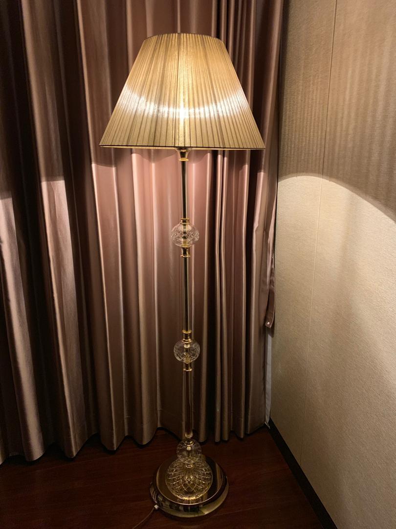 private-villa-china-wranovsky-crystal-chandelier-12.jpeg