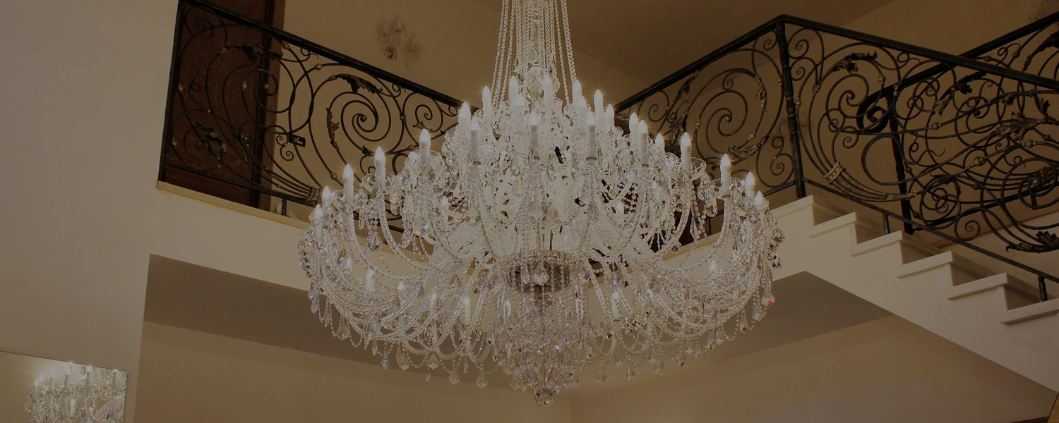 Discover WRANOVSKY crystal chandeliers -