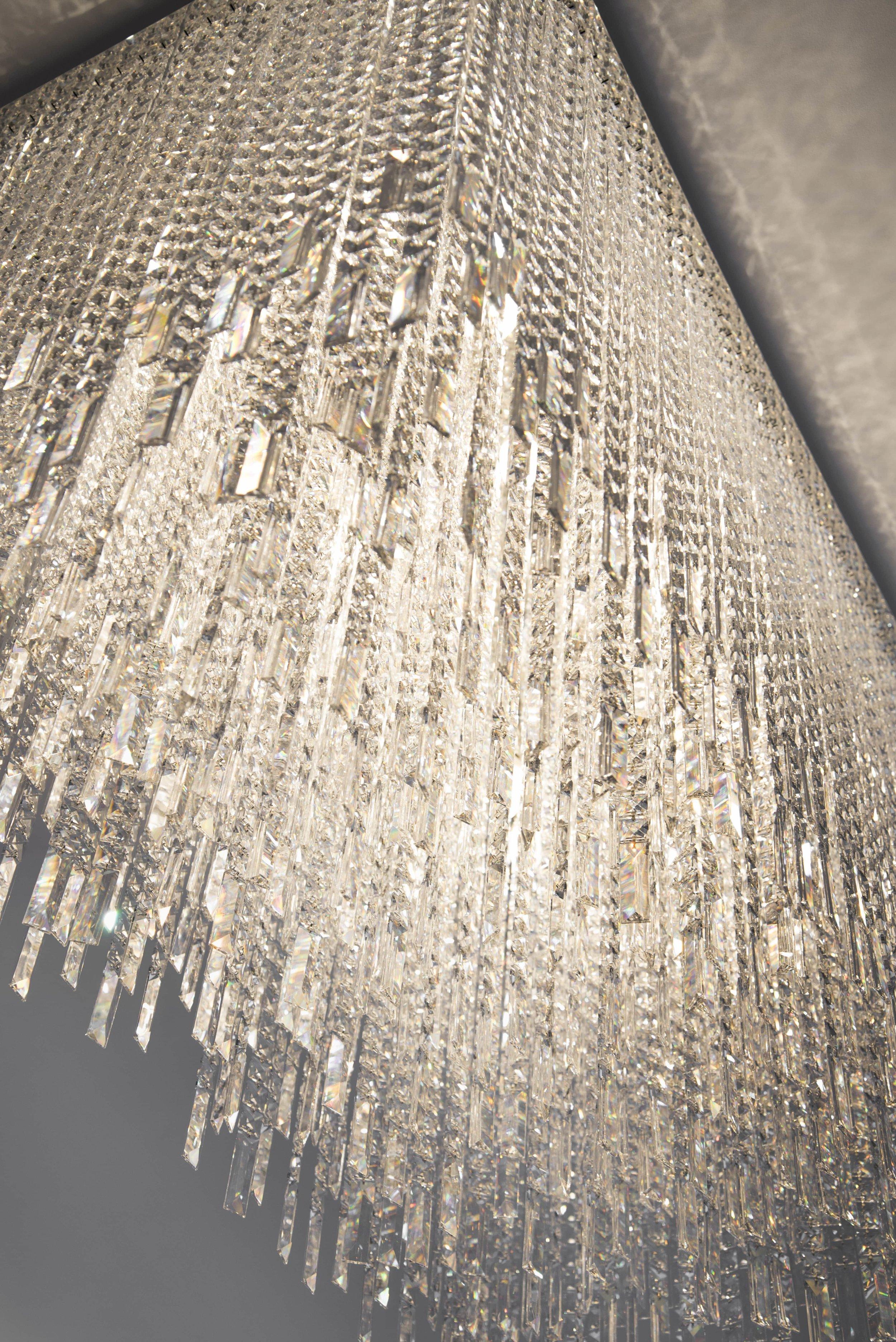 apartment-modern-wranovsky-crystal-chandeliers-4.jpg