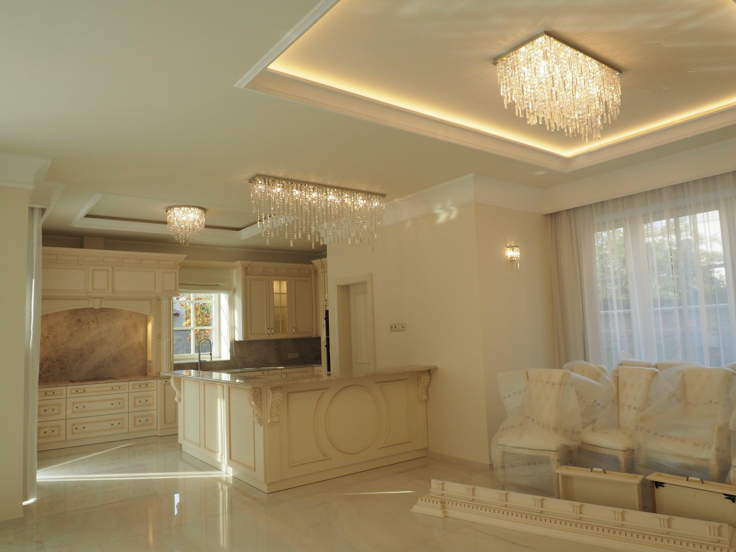 JWZ 315 - modern chandelier in interior b(13)-min.JPG