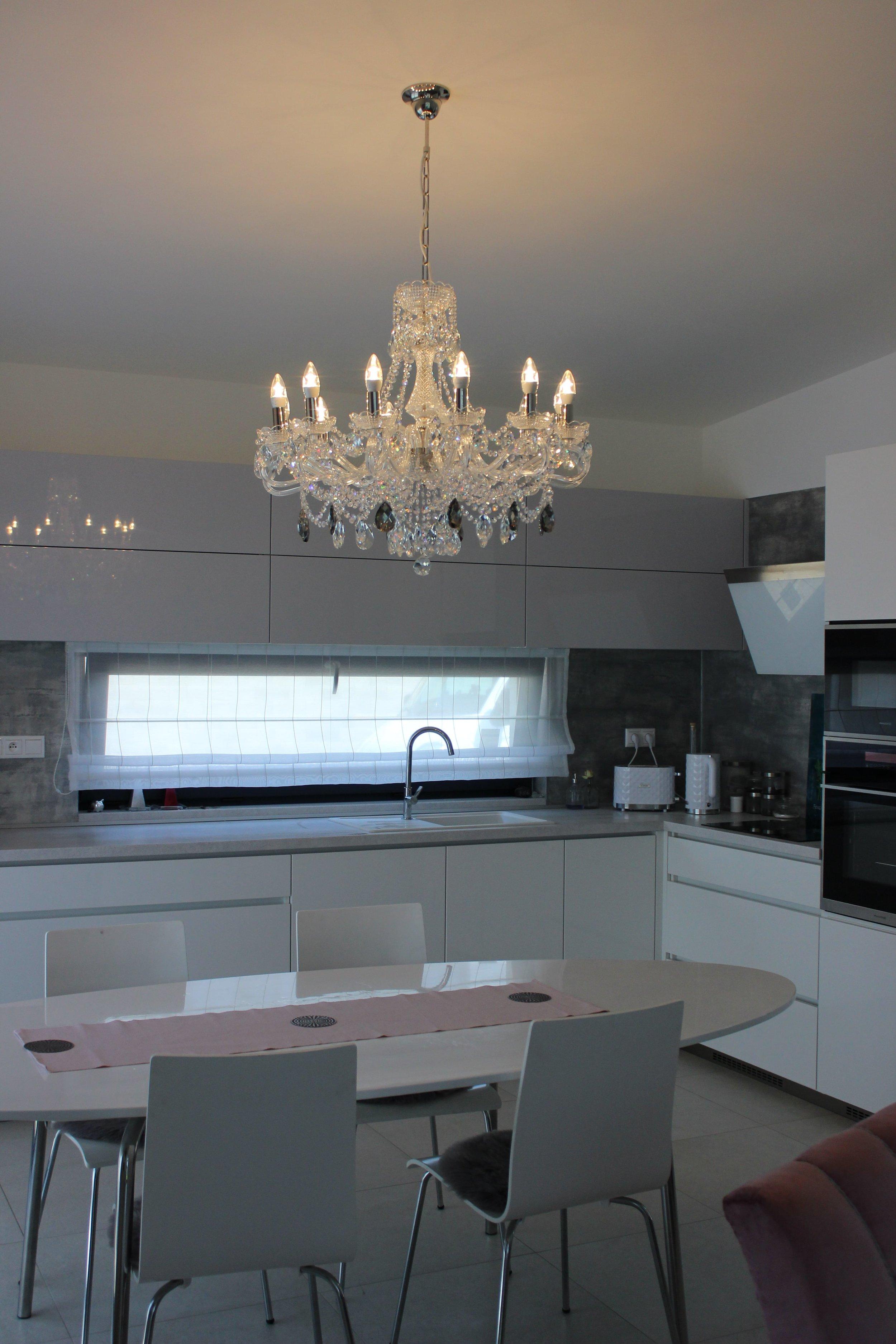 crystal-chandelier-wranovsky-interior-design-prague-2.JPG