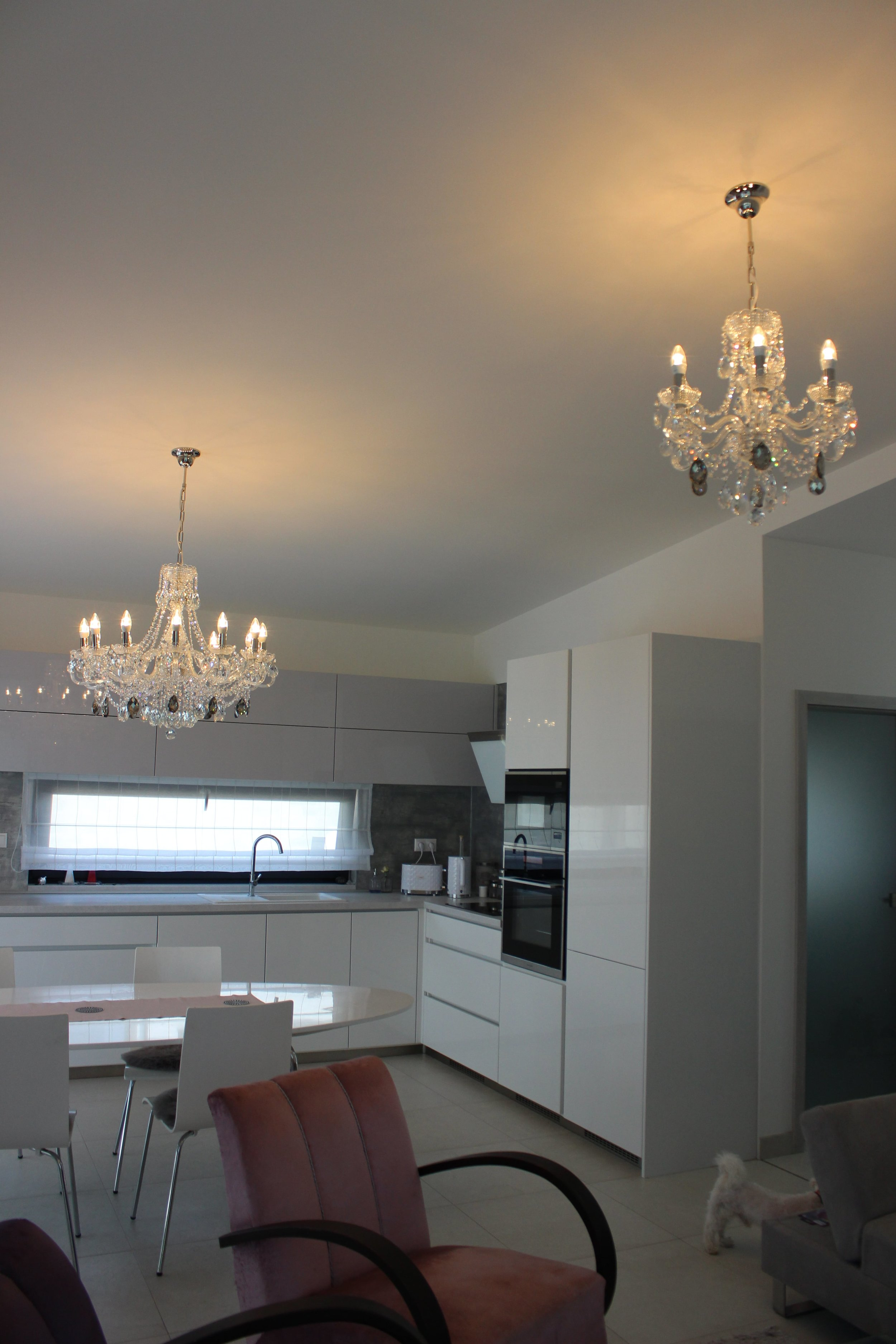 crystal-chandelier-wranovsky-interior-design-prague-4.JPG