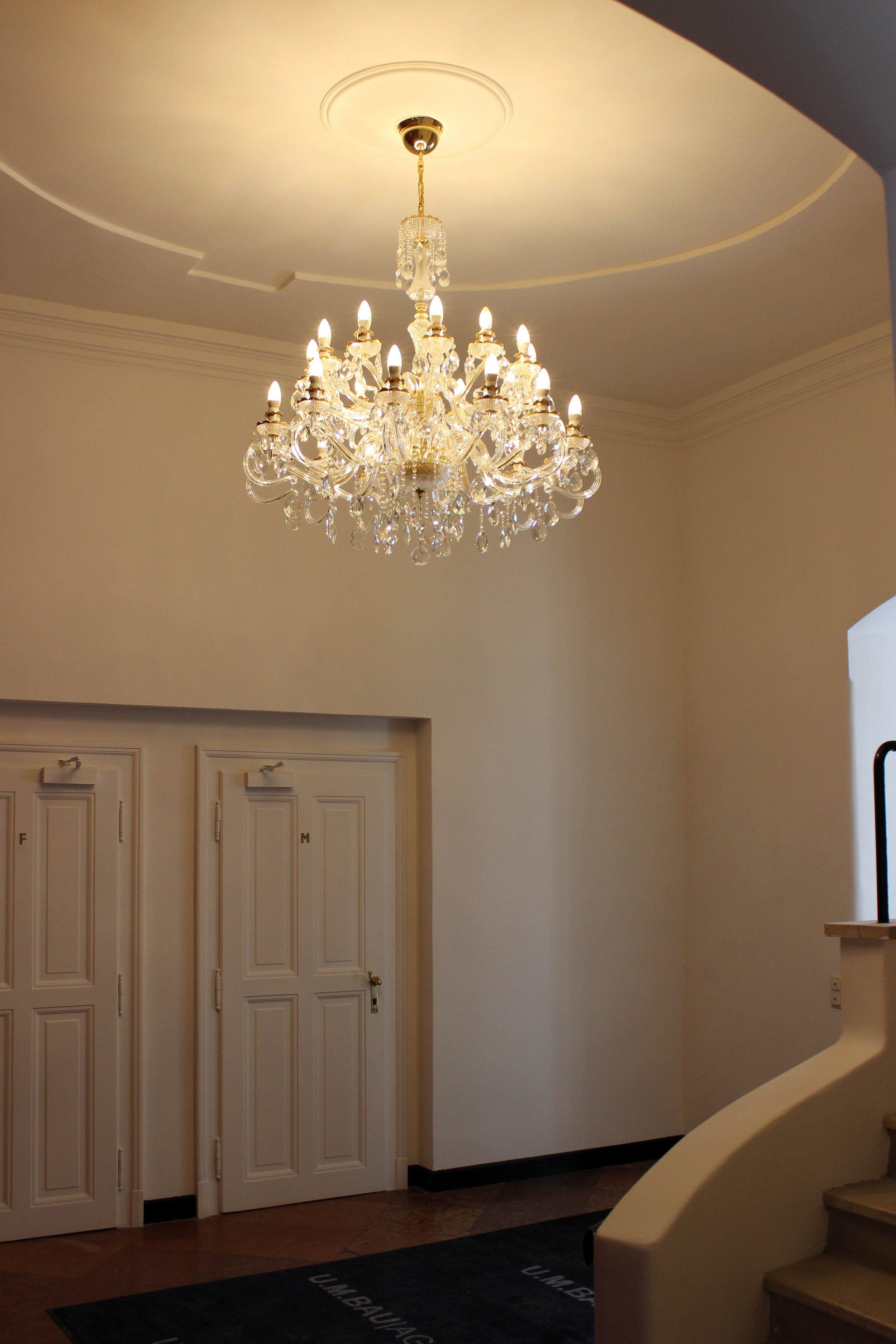 crystal-chandelier-austria-1.jpg