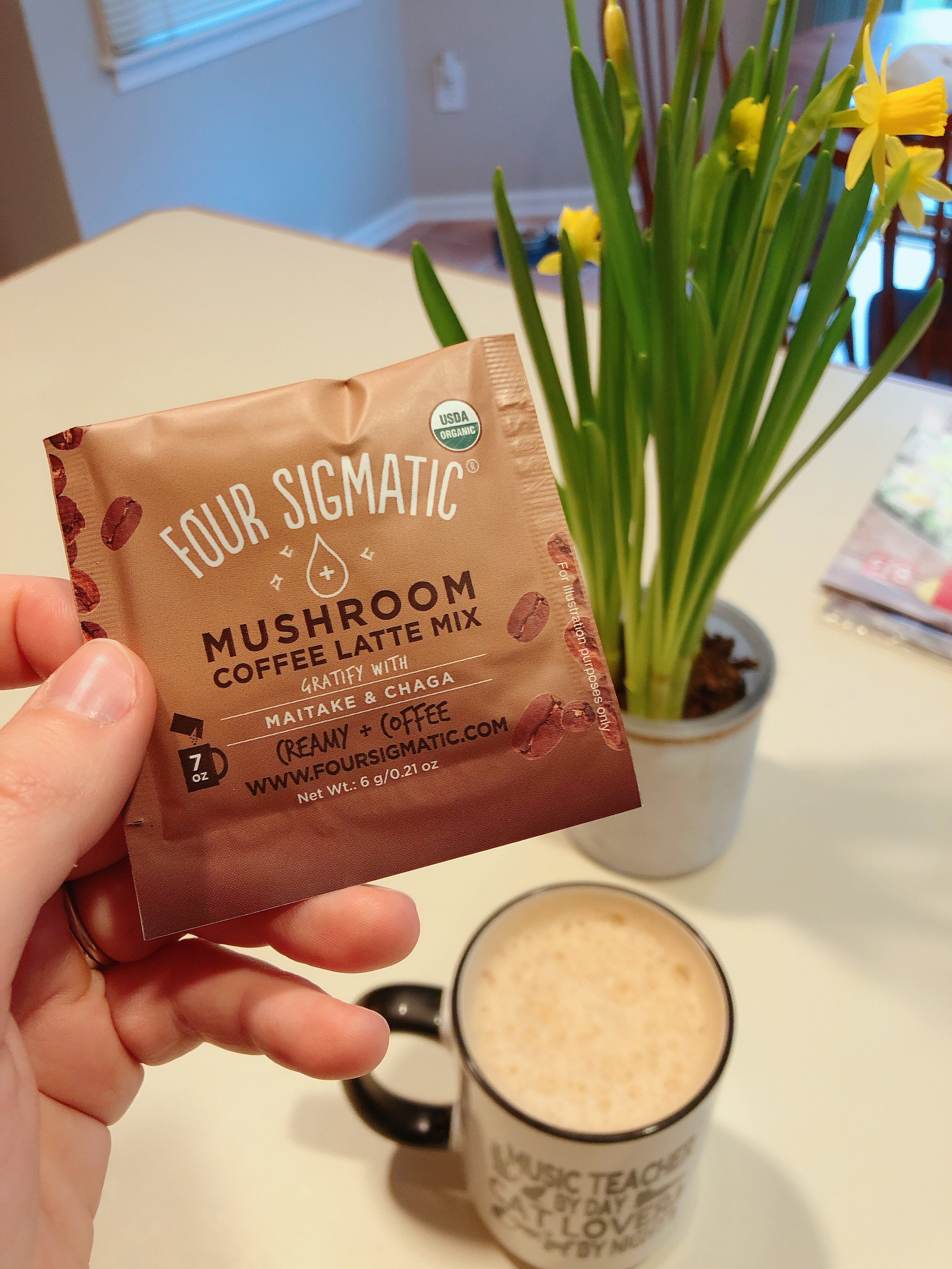 My latest coffee obsession, Mushroom Coffee Latte Mix from Four Sigmatic. Click   here   to get $10 off!
