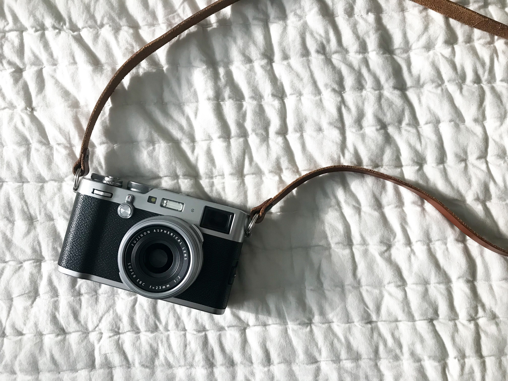 Fuji X100F - my new camera that I've been shooting with since my trip to London 2018. Finally, a light, good quality camera that I can carry around instead of my clunky 2006 Canon XTi DSLR. I've had dreams that I'm taking photos with an intense atmosphere that becomes other worldly and I'm sure this camera made my dreams come true. It captures light so magically that it takes me back to the magic that was flickr.