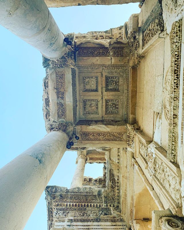 Always 👀 up! 👆 epic! #Ephesus #turkiye 🇹🇷