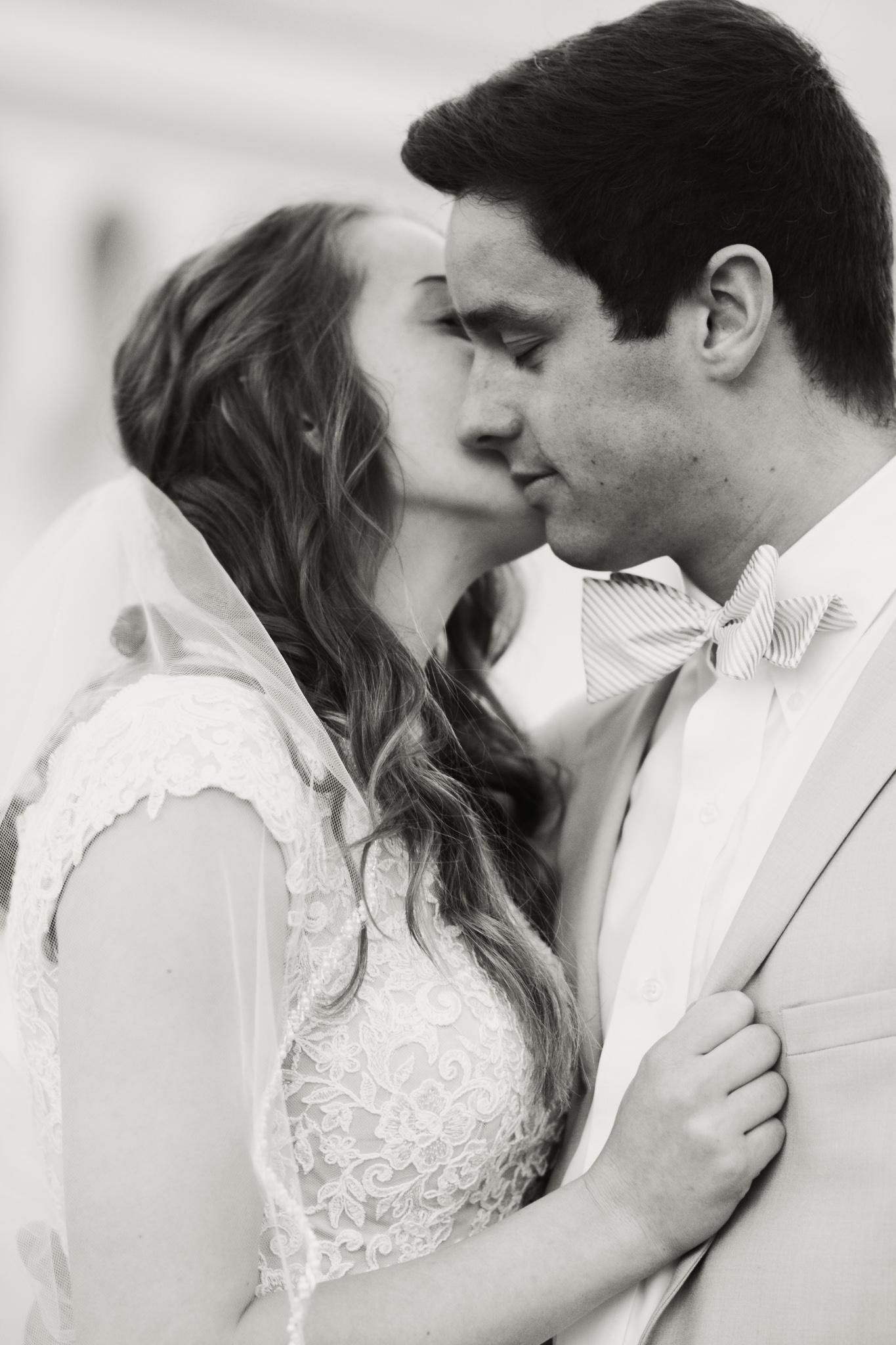 ss-photography-design-boise-idaho-wedding-and-senior-photographer-and-graphic-designer