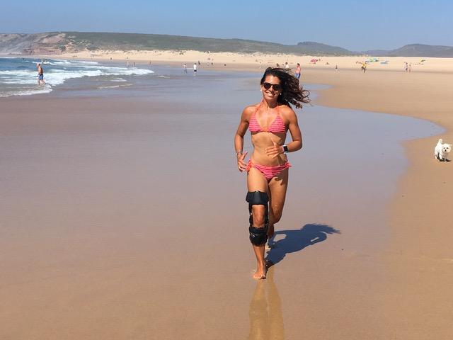 athlete - sarah de jaegh (run beach).jpg