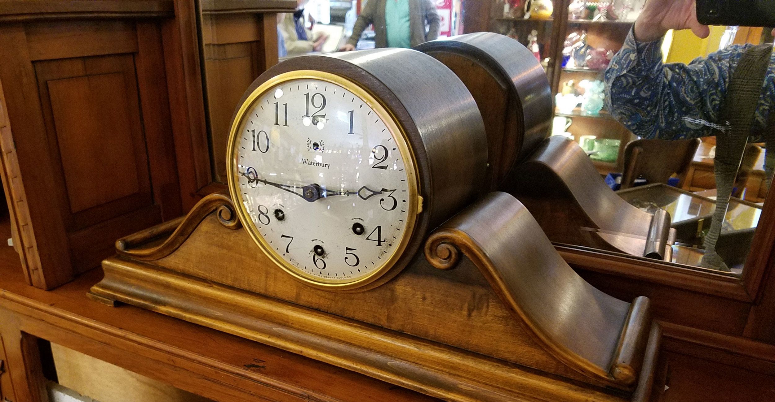 antique-clock.jpg