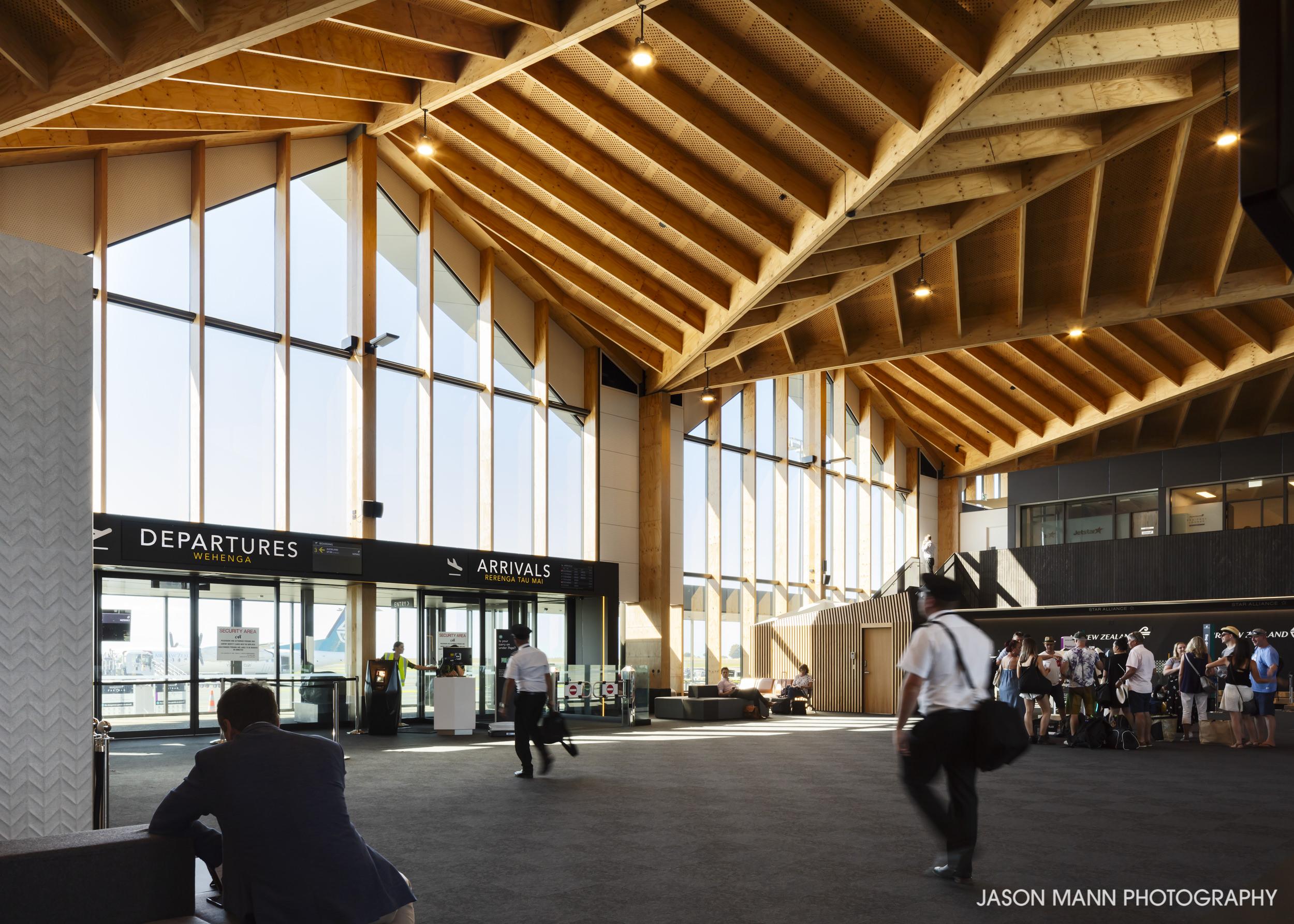 Jason_Mann_Nelson_Airport_01.jpg