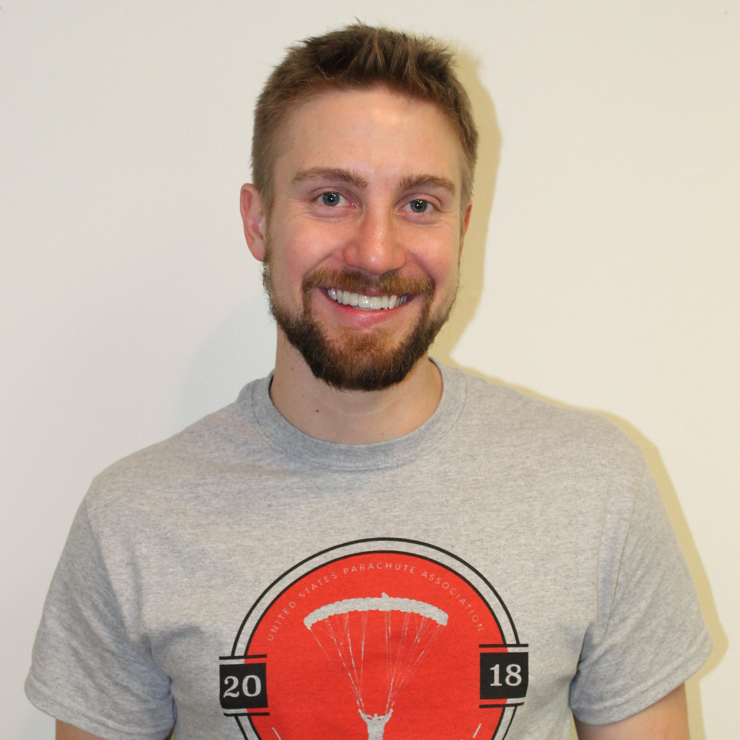 Dustin Pile - Videographer and coachJumps: 480+Years in sport:C license 44274Ratings: Coach and Tandem