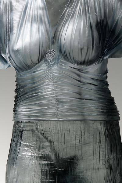 Nocturne-Life-Size-Cast-Glass-Figurative-Art-05-Absent-Nude-L.jpg