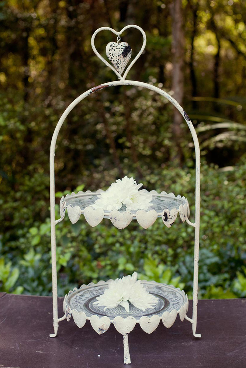 2 Tier Wrought Iron Heart Stand