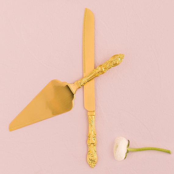 Gold Cake Knife Set - Antique