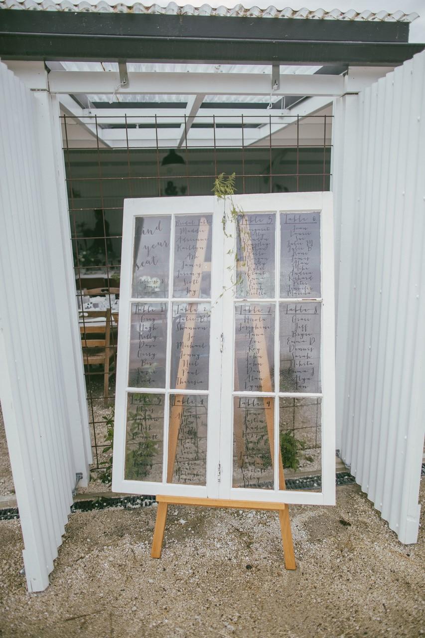 Double Window Seating Plan