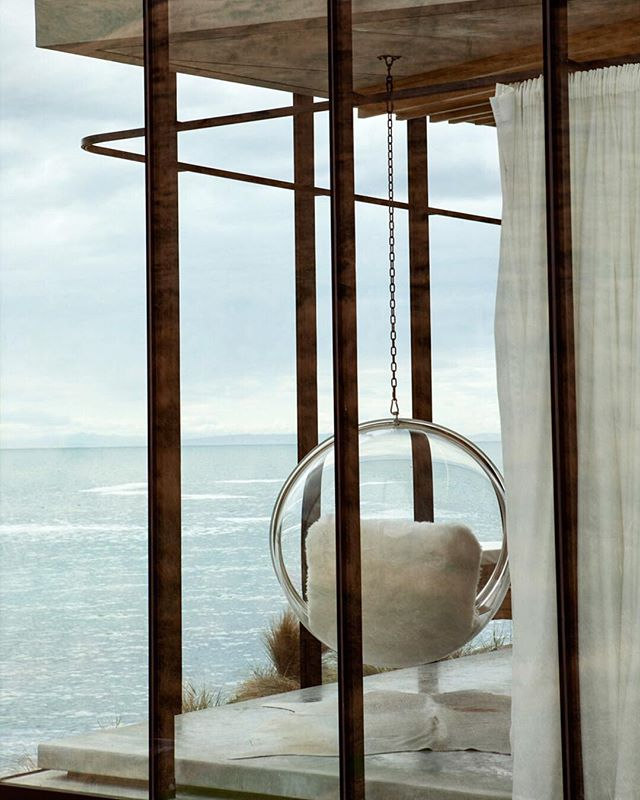 The view and the bubble #eeroaarnio #ballchair #bubble #view #seaescape