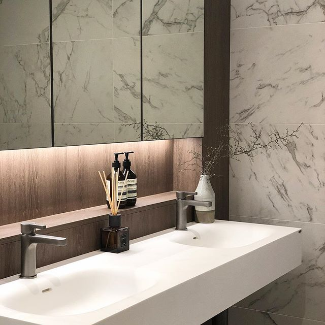 Check out @thestellarosebay #bathroomgoals #displaysuite #newdevelopment #istone#calacatta#bathroom #aesop