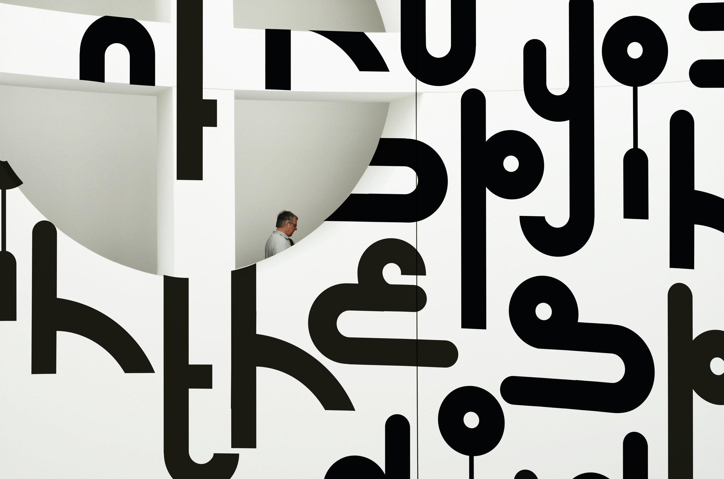 SpioneInMuseum.jpg