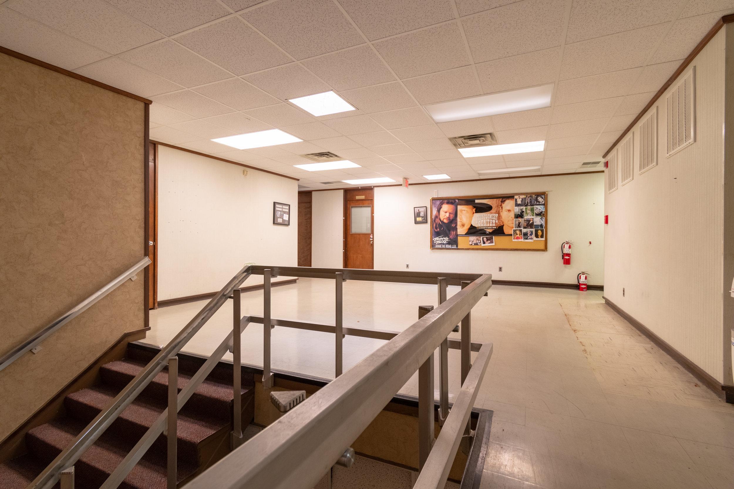 Interior (4 of 18).jpg