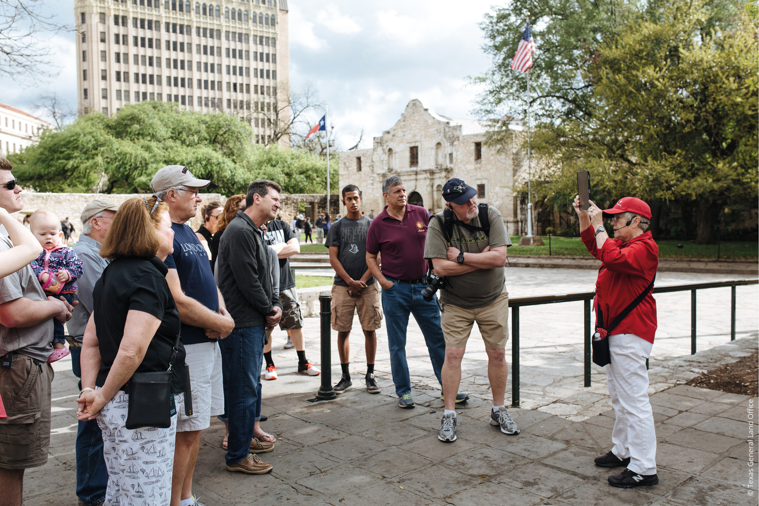 Alamo, Texas , Guided Tour © Texas General Land Office