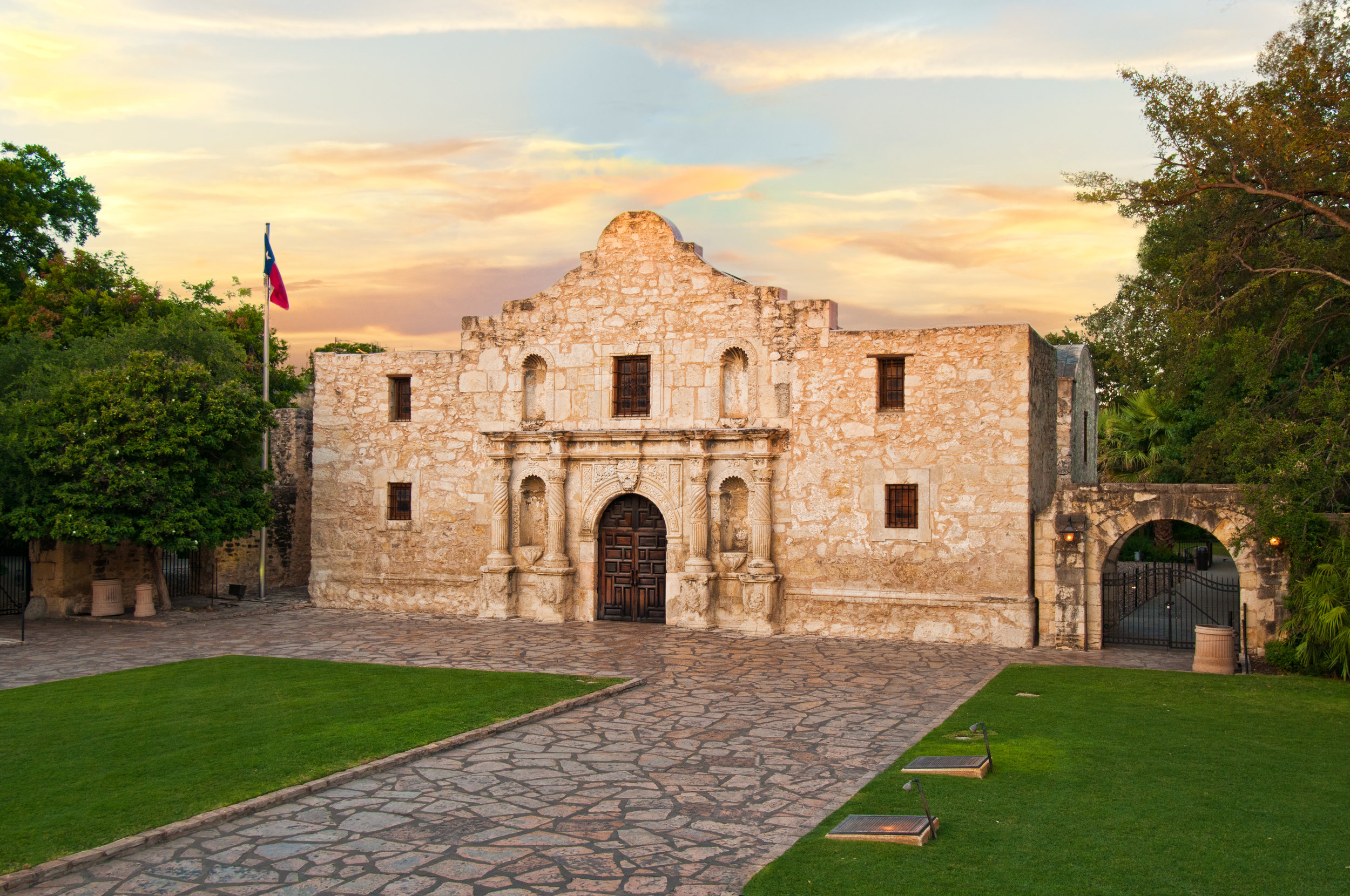 The Alamo, Texas, Living History © Texas General Land Office.jpg