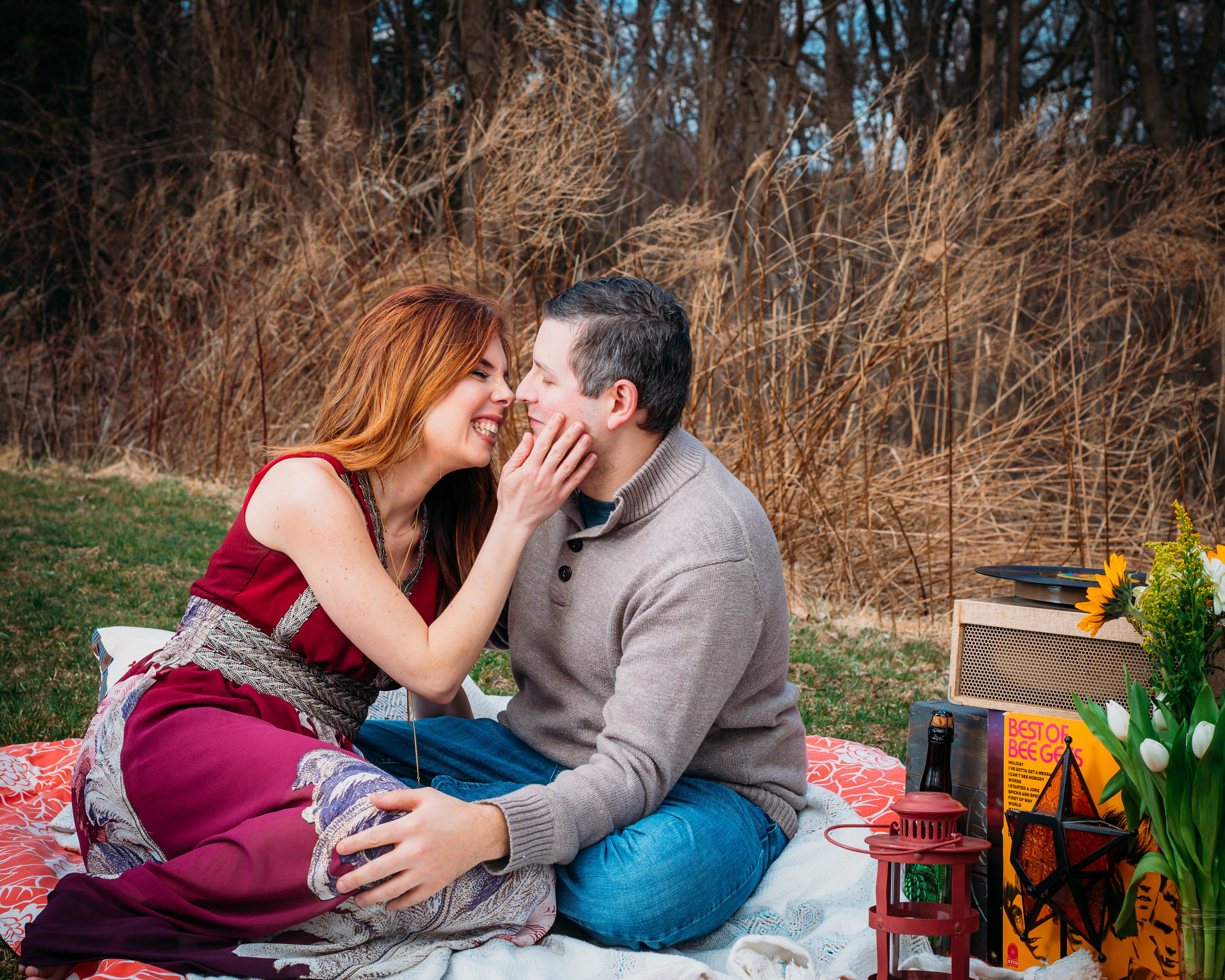 picnic-engagement session spring_-5.jpg