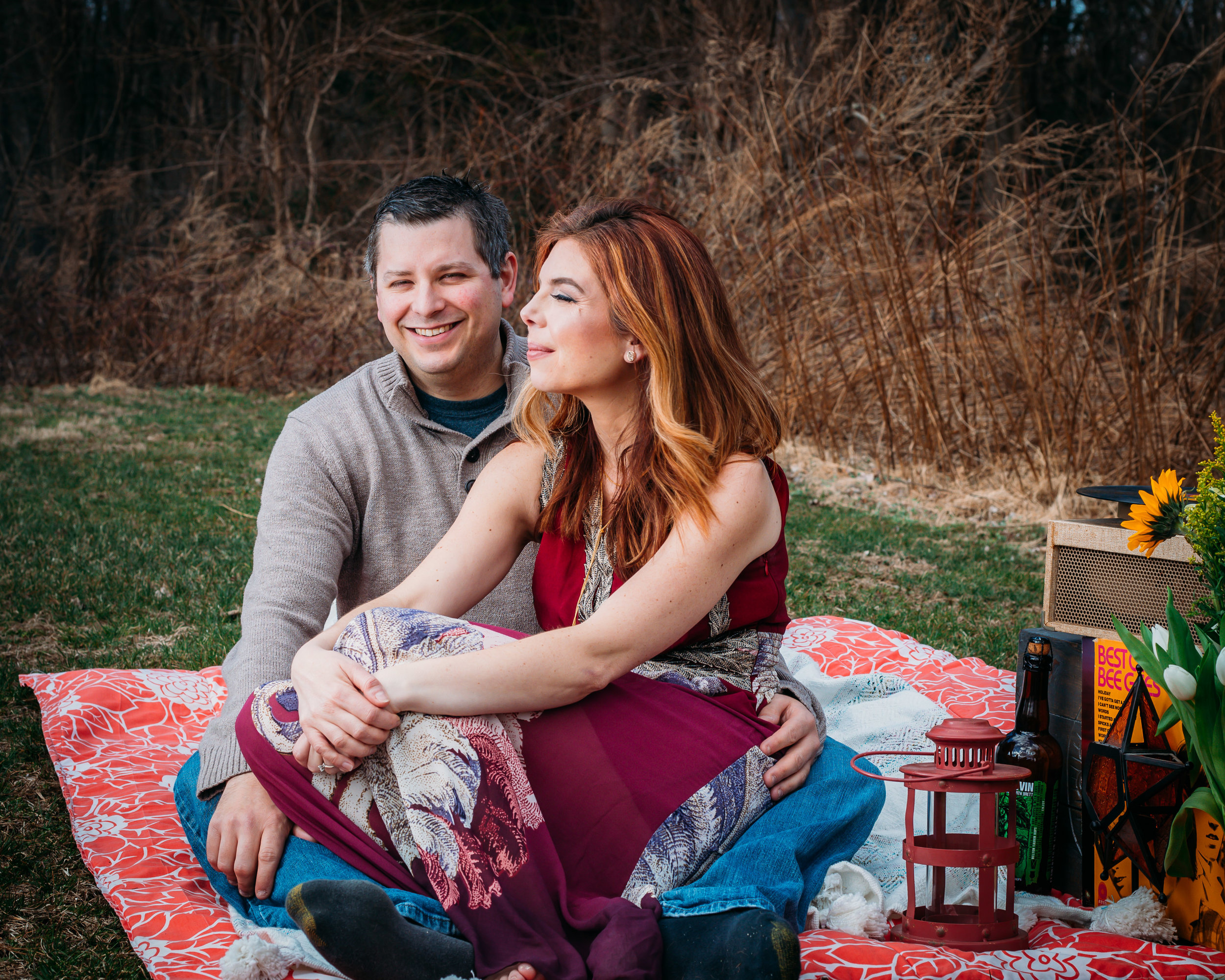 picnic-engagement session spring_-6.jpg