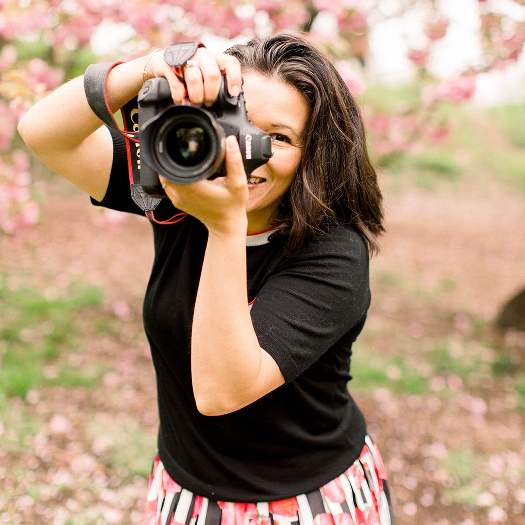 Viv, Laugh, Love - I love smiling. I love when people smile as well. Let's live, laugh love together! Connecting with people through the work I do is what I adore the most about photography.Learn More